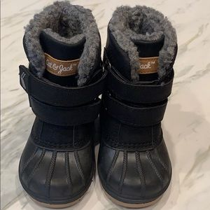 NWOT Cat & Jack winter boots toddler size 5